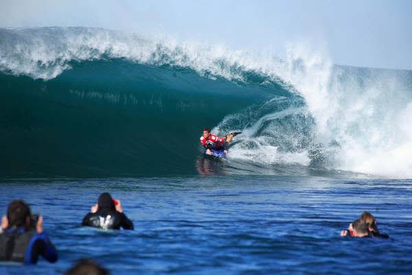 Mark McCarthy, Tube/Barrel at Shark Island